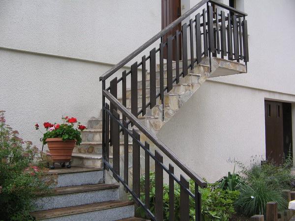 Evasion jardin paysagiste r f rences habillage d 39 un balcon - Habillage balcon ...